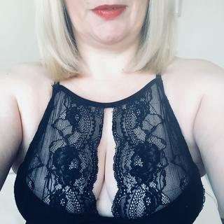 I am an expert in taking cock, any hole goes and any position that you want me in, just tell me what to do I am up for anything and the dirtier the better.